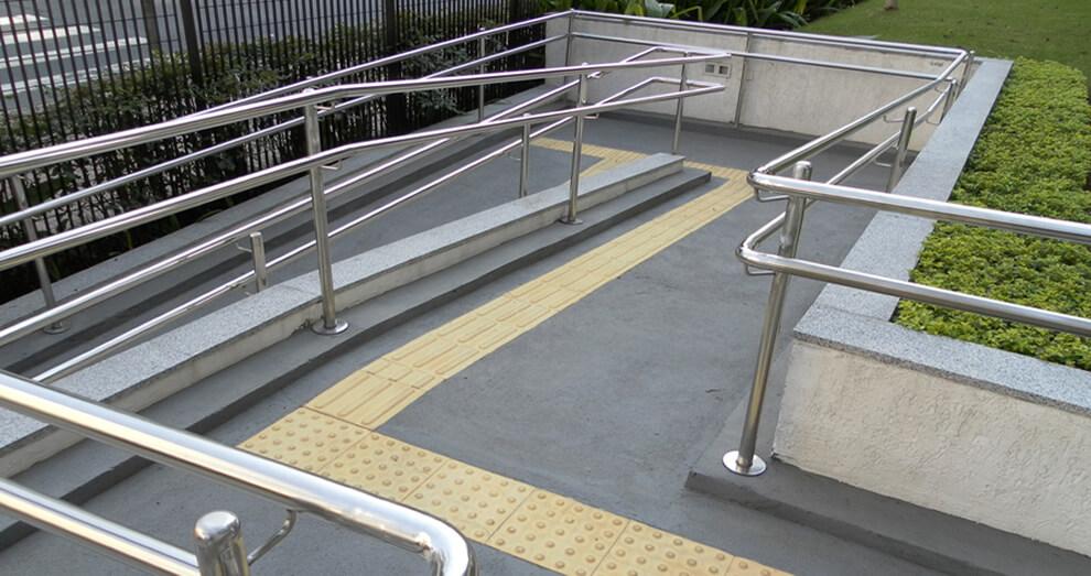 piso tátil rampa acessibilidade